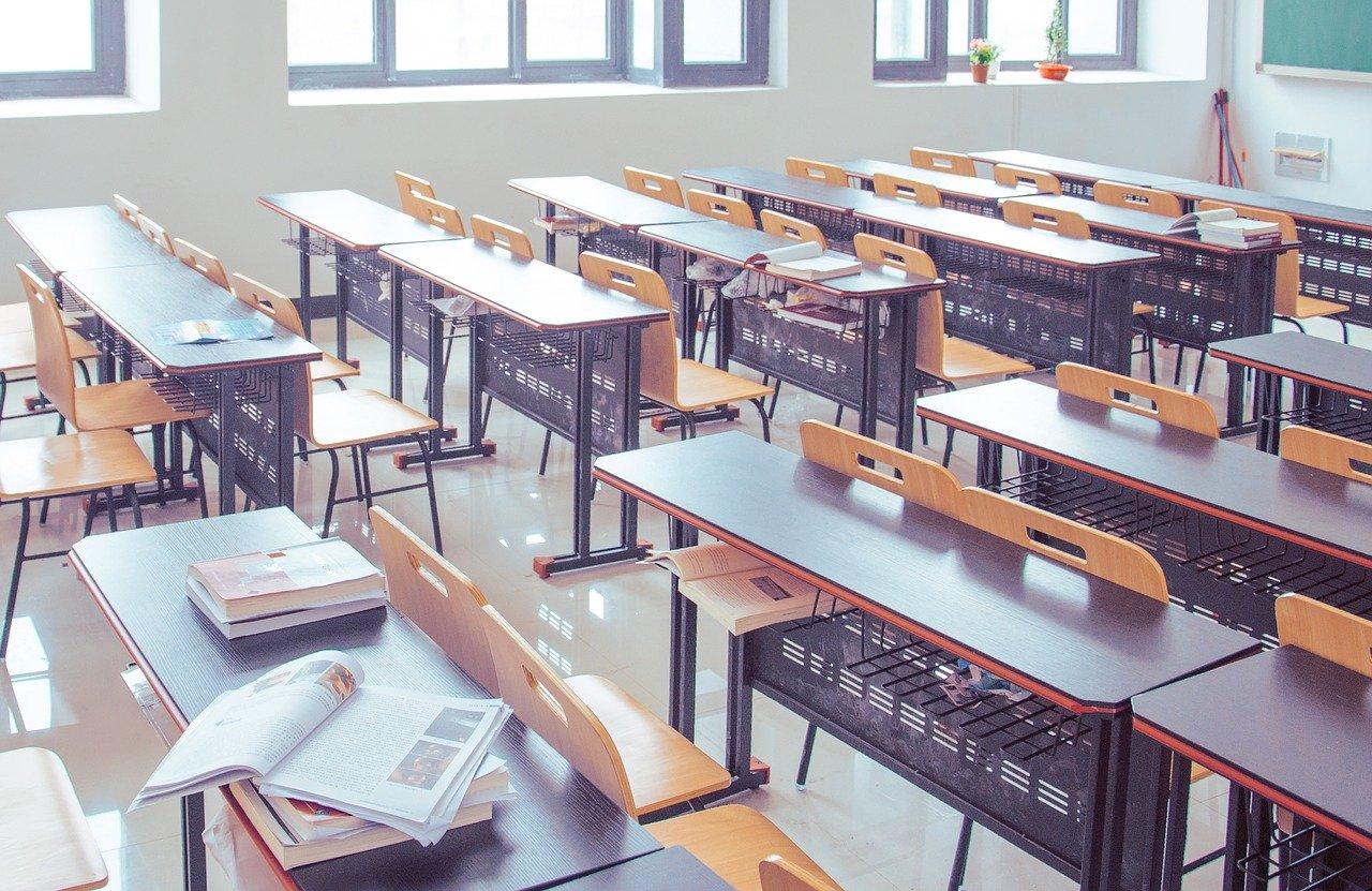 L'ingegneria sociale, la sicurezza dei dati e la fragilità della scuola